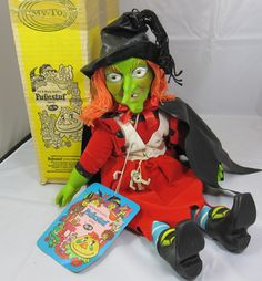 Wilhelmina W. Witchiepoo from H. I loved my doll! Vintage Witch, Vintage Halloween, Vintage Dolls, Vintage Stuff, 70s Toys, Retro Toys, Monster Toys, Classic Horror Movies, Vintage Horror