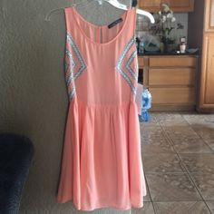 Gorgeous Peach Dress Peach dress with side imprint. Perfect for any occasion. Love Tree Dresses