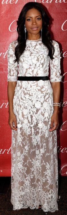 Naomie Harris was gorgeous in white Chantilly lace from Naeem Khan