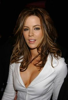 Kate Beckinsale Hot, Kate Beckinsale Pictures, Celebrity Skin, Glamour, Hollywood, I Love Girls, Belleza Natural, Gorgeous Women, Beautiful Females