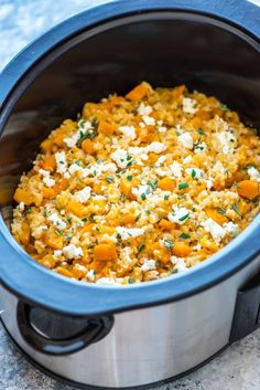 Slow Cooker Risotto with Butternut Squash, Goat Cheese, and Brown Rice. This easy crock pot risotto recipe is as creamy as traditional risotto, but there's NO stirring required! Crockpot Risotto, Risotto Recipes, Butternut Squash Slow Cooker, Butternut Squash Risotto, Healthy Crockpot Recipes, Slow Cooker Recipes, Cooking Recipes, Brown Rice Slow Cooker Recipe, Crockpot Meals