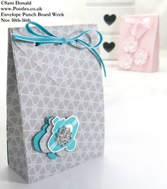 Gift Bag made with the wonderful Envelope Punch Board by the wonderful Pootles. See her DIY instructions and video.