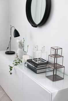 Black and white, a timeless combination that infuses elegance in any home!
