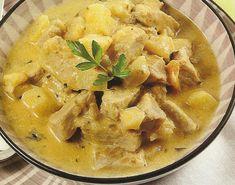 Carne de Porco com Ananás - https://www.receitassimples.pt/carne-de-porco-com-ananas/