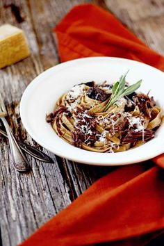 Decedant, comforting, and perfect for a cold night --Braised Short Rib Pasta!