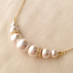 classical*コットンパールネックレス Pearl Necklaces, Diy Necklace, Pearl Jewelry, Jewelery, Beaded Earrings, Beaded Bracelets, Bead Jewellery, Jewelry Ideas, Diy And Crafts