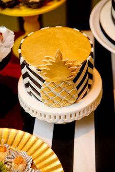 Lemon and coconut cake - HQ Recipes Flamingo Birthday, Flamingo Party, 25th Birthday Cakes, Birthday Parties, Recipe For Lemon Coconut Cake, Pinapple Cake, Tropical Party, Cake Creations, Cupcake Cakes