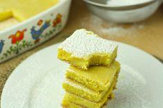 Low Calorie Dessert // Healthy Lemon Bars (35 calories per serving)