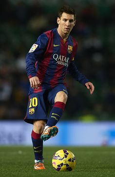 Lionel Messi of Barcelona in action during the La Liga match between Elche FC and FC Barcelona at Estadio Manuel Martinez Valero on January 24, 2015 in Elche, Spain.
