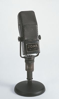 """Tokyo Rose"" Microphone used during World War II by radio broadcaster ""Tokyo Rose."" It is probably an RCA 44A, manufactured circa 1932.   Newseum collection   Photo credit: Newseum collection"