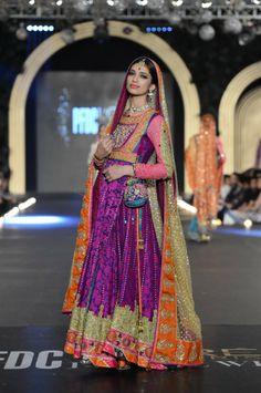 Nomi Ansari's Rang Barsay Collection {L'Oreal Pakistan Bridal Fashion Week Pakistani Bridal Couture, Indian Bridal Wear, Asian Bridal, Pakistani Outfits, Indian Outfits, Pakistan Bridal, Bridal Mehndi Dresses, Bridal Gown, Wedding Dresses