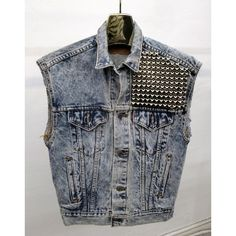 The infamous denim Jacket Vest. Denim and studs. Liking the grunge look. Can be pulled off clean. Diy Fashion, Love Fashion, Fashion News, Ladies Fashion, Jean 1, Studded Denim Jacket, Rock And Roll Fashion, Jean Vest, Punk Outfits