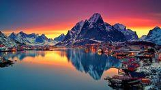 Stiti care e locul unde vă puteţi bucura în mod inedit de aurora boreală?  Parea de nord a Norvegiei este unul dintre cele mai bune locuri unde vă puteţi bucura de o splendidă vedere asupra aurorei boreale.