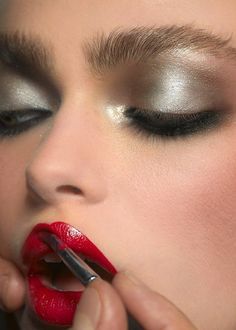 Marco Latte Makeup Artist | Red Lips | Eyeshadows | Beauty | Perfect Skin