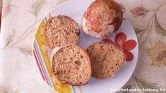 Sajtos, mentes zsemle - Sajtos, tojásmentes, tejmentes zsemle. #zsemlék #kenyér #kiflik #sajt #tojásmentes #tejmentes #szafi #világoskenyérliszt #rostkeverék #szódabikarbóna #szénhidrátcsökkentett Baked Potato, Muffin, Potatoes, Baking, Breakfast, Ethnic Recipes, Food, Mint, Bread Making