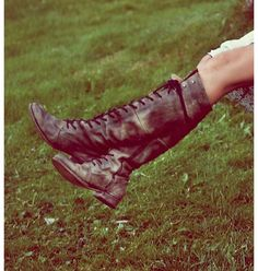 Gorgeous free people leather lace up boots