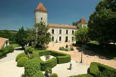 Impressive French chateau near Villeneuve-sur-Lot. Available for vacation rental