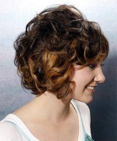 Mittlere lockige Frisuren