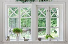 Fast Sverige104 fönster & utåtgående sidohängt med fönsterhakar