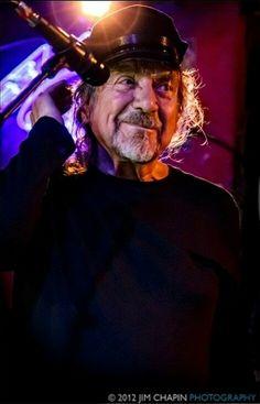 Robert Plant [Photo Credit: Jim Chapin]