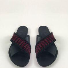 Sandals – Urban Queen – Official Site Pool Slides, Spring Summer, Urban, Queen, Sandals, Closet, Shoes, Craft, Shoes Sandals