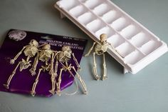 10 Easy Dollar Store Halloween Decorations You Should Try