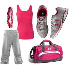 cute bummy gym outfit...I would wear that everyday if I could :P