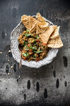 Vegetable based dip, perfect for Tacos or flat bread: Smoky Eggplant Curry Dip. An Indian version of Baba Ganoush. Wine Recipes, Indian Food Recipes, Vegetarian Recipes, Savoury Recipes, Yummy Recipes, Curry Dip, Dips, Vegan Wine, Vegan Food
