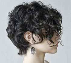 Short Haircut for Thick Curly Hair, Curly Short Hair Hairtyles, Thick Wavy Hair, Wavy Short Thick 20 Thick Curly Hair, Short Curly Bob, Curly Hair Cuts, Short Hair Cuts, Curly Hair Styles, Thin Hair, Long Curly, Short Shag, Short Curls