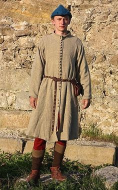 VK is the largest European social network with more than 100 million active users. Medieval Life, Medieval Fashion, Medieval Clothing, Historical Clothing, 16th Century Fashion, 14th Century, Medieval Costume, Medieval Dress, Mens Garb