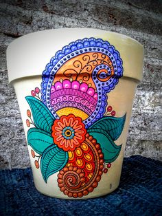 Decorated flower pots, painted flower pots, painted clay pots, flower p Clay Pot Projects, Clay Pot Crafts, Diy And Crafts, Arts And Crafts, Painted Clay Pots, Painted Flower Pots, Hand Painted, Pottery Painting, Diy Painting