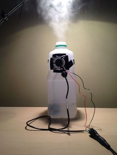 While searching for a humidifier to use at home, I saw many cool ultrasonic humidifiers and wondered if I could build myself a cheap one. I made this simple. Electronics Projects, Electronic Circuit Projects, Electronics Gadgets, Electronics Basics, Electronic Engineering, Mechanical Engineering, Electrical Engineering, Pi Projects, Arduino Projects
