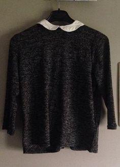 À vendre sur #vintedfrance ! http://www.vinted.fr/mode-femmes/hauts-and-t-shirts-t-shirts/26661567-haut-gris-pimkie-col-claudine