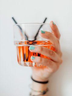 Hugo und Aperol Spritz sind so durch! Wir haben fünf Spritz-Alternativen für euch.