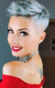 20 Lovely Short Haircut Ideas Get ready for a protracted, hot summer by selecting a makeover from the newest short hairstyles for ladies &women here!Short is gorgeous. Latest Short Hairstyles, Pixie Hairstyles, Pixie Haircut, Trendy Hairstyles, Cute Bob Haircuts, Girls Short Haircuts, Girl Short Hair, Short Hair Cuts, Short Hair Styles