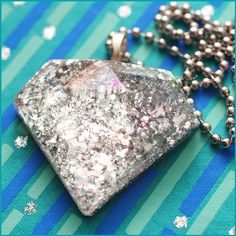 Bling Bling - Faux Diamond Resin Necklace (silver)