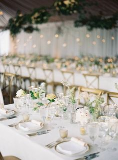 La Tavola Fine Linen Rental: Ritz Snow with Hemstitch White Napkins | Photography: Eric Kelley, Event Planning & Design: Easton Events