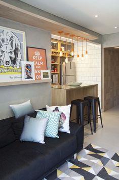 Apartamento CL - pkbarquitetura Small Apartment Decorating, Apartment Design, Interior Decorating, Interior Design, Small Living Rooms, Home Living Room, Living Room Decor, Cool Apartments, Decoration