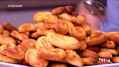 Easter cookies by Akis Petretzikis! Τα πασχαλινά κουλουράκια του Άκη Πετρετζίκη για σίγουρη επιτυχία!