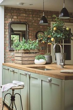 Farmhouse kitchens have proven to become immortal functions of art which are duplicated inside extensive nation possessions, in addition to become a widespread choice among town renters, hoping to attract some of this casual country style for their possessions' insides.… Continue Reading → #farmhousekitchen