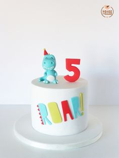 Peace of Cake Third Birthday, 4th Birthday Parties, 2nd Birthday Cake Boy, Birthday Ideas, Elmo Birthday, Peace Of Cake, Dinosaur Birthday Cakes, Simple Birthday Cakes, Dino Cake