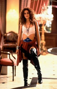 "Pretty Woman turned prostitution into a fairy tale--damaging? Julia Roberts starred in the 1990 film ""Pretty Woman. Costume Halloween, Pop Culture Halloween Costume, 90s Costume, Celebrity Halloween Costumes, Last Minute Halloween Costumes, Women Halloween, Zombie Costumes, Halloween Couples, Halloween Ideas"