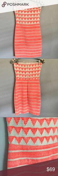 ✨BNWT✨ Bright Orange Fluorescent Tribal Dress Brand new, never worn 2B BEBE orange and white fitted body con dress. This super sassy strapless is ready to be worn this Summer!! Material has some stretch and could fit a medium depending on how you like the fit❤️ 2B Bebe Dresses