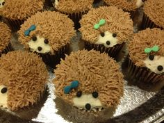 Hedgehog cupcakes by Double Dee Cupcakes