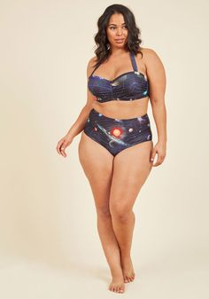 <p>Rivers, lakes, oceans, or seas - you're game to glide through any water in this high-waisted bikini bottom! A High Dive by ModCloth marvel, this black and navy piece is designed with a photorealistic planet print on one side, and a cartoonish sea creature pattern on the other, both which help to propel you through the currents and tides.</p>