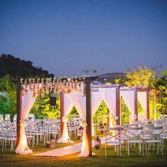New Garden Wedding Venues Outdoor Ceremony Entrance Ideas - Wedding Garden Wedding Ceremony Ideas, Wedding Reception Backdrop, Wedding Entrance, Garden Wedding Decorations, Entrance Decor, Outdoor Wedding Venues, Outdoor Ceremony, Entrance Ideas, Garden Weddings