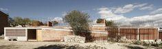 http://www.archdaily.com/366790/espai-transmissor-del-tumul-estudi-d-arquitectura-toni-girones/