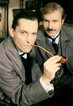 Sherlock Holmes and Dr. Watson [Jeremy Brett / David Burke].... Jeremy Brett Sherlock Holmes, Adventures Of Sherlock Holmes, Sherlock Bbc, Granada, Detective, Disneysea Tokyo, David Burke, Dr Watson, Arthur Conan Doyle