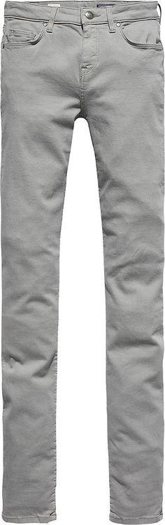 Die COMO von Tommy Hilfiger kommt mit einem engen Bein und tiefem Bund. Der leichte Stretchanteil garantiert eine perfekte Passform.60.5% Baumwolle, Viskose, Polyester, Elastan...