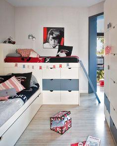 kids room...love all the storage